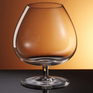big balloonglass or snifter