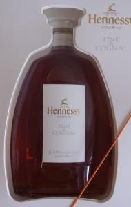 2010, white label with the word 'cognac' just below Hennessy; no little orange beam below