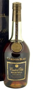 dark blue label without alcohol percentage or content