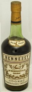 1L, not stated, but said at auction; 'Cognac Französisches Erzeugnis' underneath