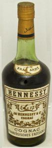 1L, not stated, but said at auction; 'Cognac Französisches Erzeugnis' underneath