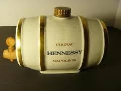 Mini cask of Limoges porcelain