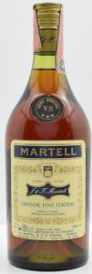 'Grande Fine Cognac' on the same line; 700cc and gradi 40% stated