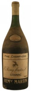 3L? VSOP; or gallon? (hight is 48cm). Fine Champagne.