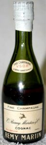 50ml; On the label above the line it only says: fine champagne (no 'cognac')