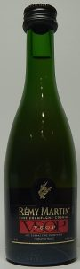 line with 'AOC Cognac fine champagne'; 50ml stated and an additional silver line underneath; no semi-circle around emblem