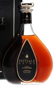75cl Initiale Extra; three lines of text underneath