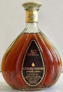The background of the brown label is plain; 70cl stated on back-side (1990-2000s)