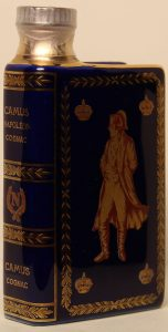blue; Napoléon in unicolour; Camus is printed less wide than Napoleon