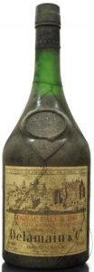 Delamain & Co. Tres Belle Grande Champagne. 52 Fl oz (1.47L) stated on the right below (1960s) (no Roullet mentioned)