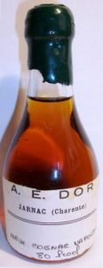 Vieux cognac napoléon; dark wax cap