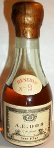 Reserve no.9, Hors d'Age; clear glass