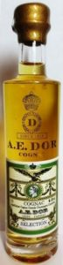 Grande champagne, gold emblem, gold cap