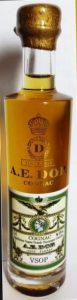 Gold cap, gold emblem; grande champagne