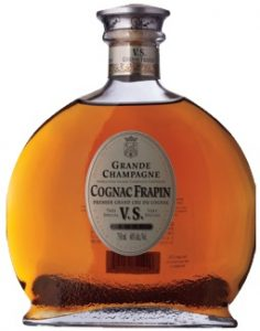 Underneath Frapin it says: 'premier grand cru du cognac' and below VS: 'Luxe 75cl 40%alc/vol