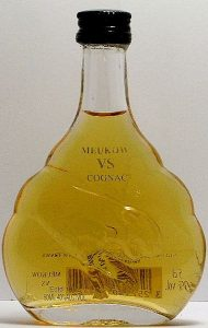 5cl VS; 50ml stated on front; horizontal ean barcode; outlines of the panther are very fuzzy. On the back under 5cl is also the alcohol percentage stated