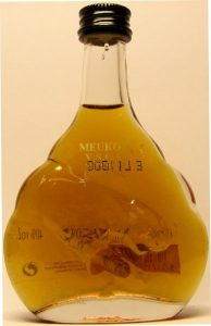 5cl VSOP; 50ml stated on the front side; recycling mark on backside; number on the backside