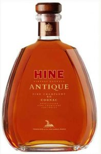 70cl; Fine Champagne XO Cognac; note the distance between the top three lines (Hine, vintage cognac, Antique)