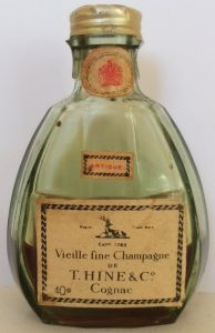 3cl, with a neck label; 40% stated