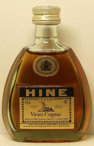 4.3cl stated; desciption: Vieux Cognac; VSOP is above the stag