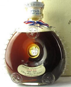 'Very Old', Japanese import, white carton box (1962-63); note Japanese characters on the neck.