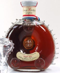 'Louis XIII' and 'Very Old' lines are touching; content not stated, no labels on back (1960s)