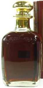 Red Tome: La Faïencerie et la Comédie (gold stopper, 1994); Russian import, 70cl, different back (click to see detail)