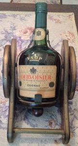 70cl; on the neck: VSOP Courvoisier
