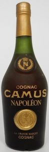 Camus is written in large letters, above it 'cognac' and below 'Napoleon'. Underneath it reads just ´La Grande Marque cognac´. 70cl (stated on back-side, click to see); 1980s.