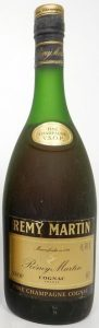 Content written as: '0,70L' and ABV as: '40%'