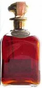 Bleu Tome 1994: Hauteneuve, La Billarderie, Bouqueville (stopper in gold and silver and Hennessy on neck-label); with a paper seal on top