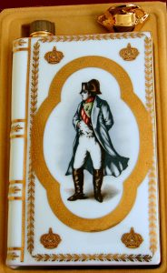 Napoleon, much more yellow colour (light effect?)