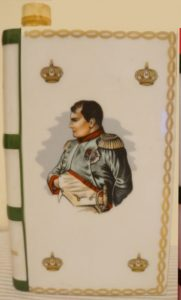 Napoleon bust, De Haviland limoges; differences in the hair-style