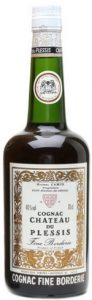 Chateau du Plessis Fine Borderie; 40% and 70cl stated left and right of the emblem.