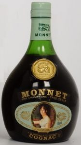 700ml stated right of the photo of Josephine; 40% stated on lower label