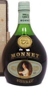 700ml stated right of the photo of Josephine; 40% not stated