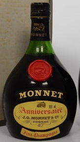 700ml (back-side) and 40% stated, with additional label beneath; backside says: Tres Ancienne Selection