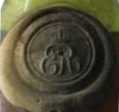 ER probably stands for Edouard Roi; used on Edouard VII bottles