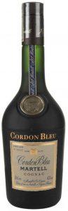 Elevé et mis en bouteille à Cognac France below Martell & Co Cognac; 70cl e stated