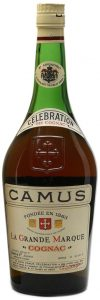 No text left or right of the Camus embleme; neck label in English and no content or abv stated (said to be 75cl on auction)