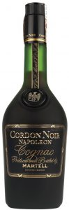 New capsule; Cognac is written in large letters. Name is now just Martell (not & Co.); 40% GL and 700ML stated