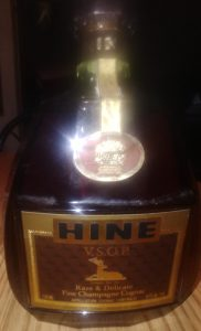 750ml bottle with VSOP stated and also Rare & Delicate.