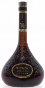 Front is the same, but content and ABV little different on the back ('75cl'); 1986