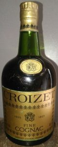 0,70l and 40° stated, fine cognac (no stars stated)