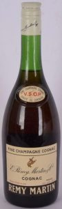 Screw cap; Alc. geh. 40%; said to be 75cl on auction