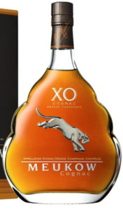 Grande champagne stated above the panther; XO is almost solid, 2020