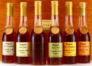 6 x 35cl: bois ordimaires, bons bois, fins bois, borderies, petite champagne and grande champagne (gift set 1988)