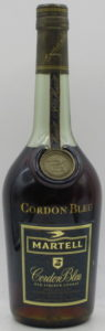 0,7L stated on the back, Old liqueur cognac (rather modern swift)