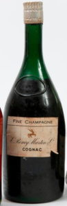 Without the Remy Martin band below; shoulder label has fallen off (est. end 1930s)