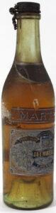Quarter bottle, spring cap (presumably 1920s)